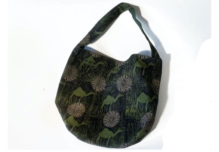 textilebag_ACcamel_cutout.jpg